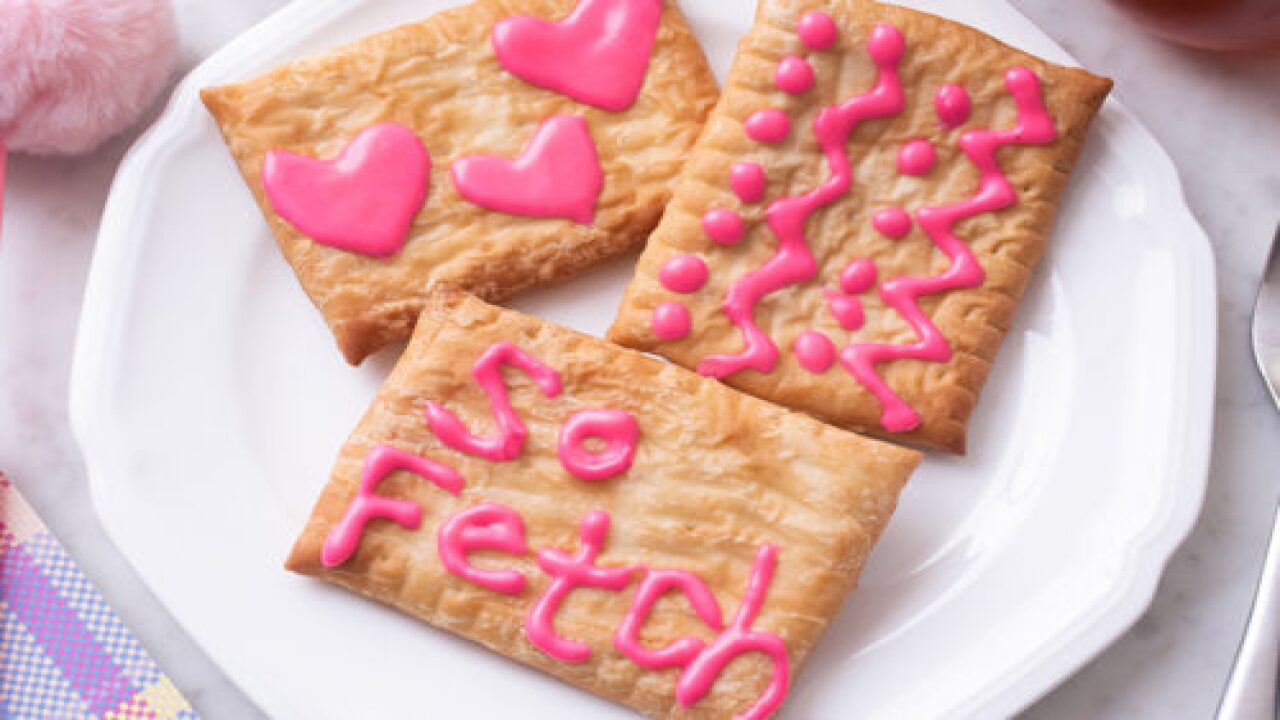 'Mean Girls' Toaster Strudel Is Here To Make Your Morning Totally 'fetch'