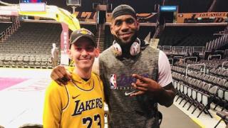Teen meets LeBron on Christmas