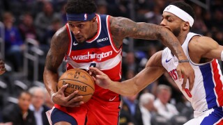 Wizards sharp early and late in win over Pistons