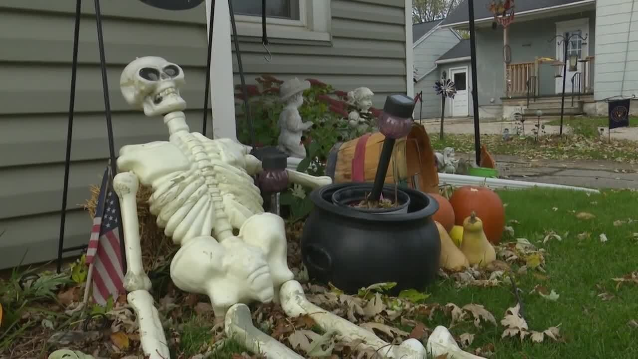 Village of Hilbert calls of trick-or-treating
