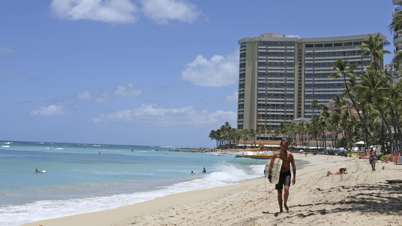 Hawaii to allow travelers to skip 2-week quarantine if they test negative for virus