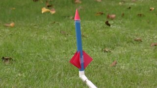 How to Build a Stomp Rocket