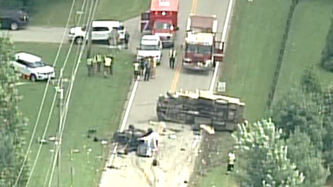 Boone_truck_accident_Burlington_Pike.png