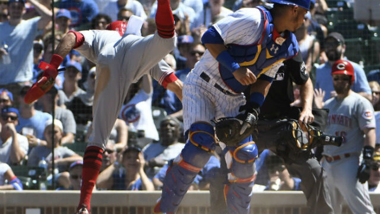 Bases-loaded walk, defensive lapses doom Reds to 6-5 loss to Cubs