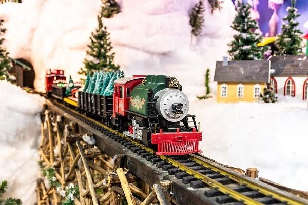 Holiday Trains.jpg