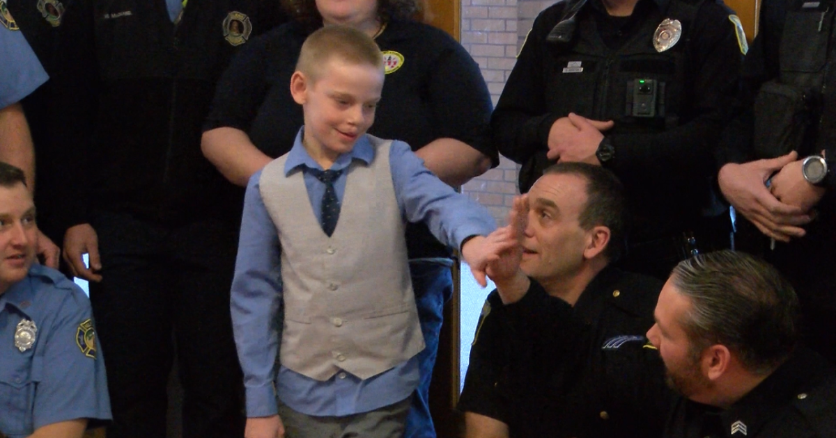 8-year-old Helena boy saves mother's life with 911 call
