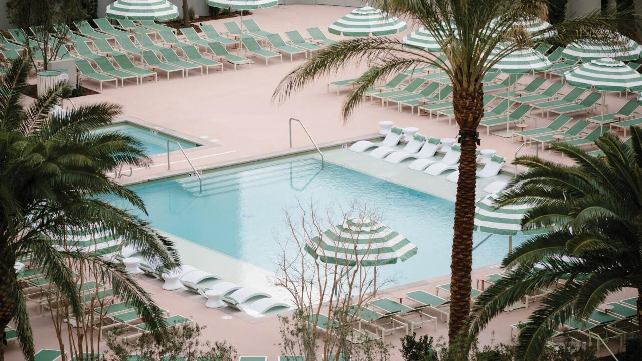 Park MGM - Pool - Photo Credit Michael Chin.jpg