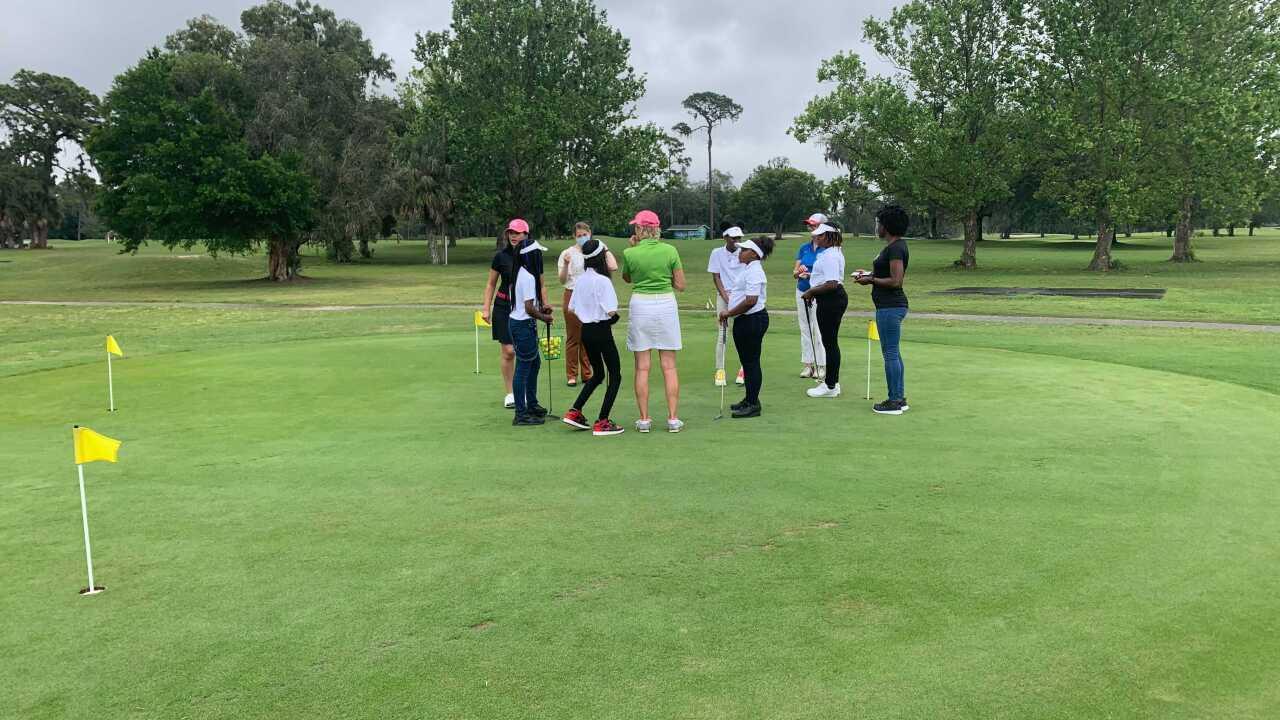Women of color golf