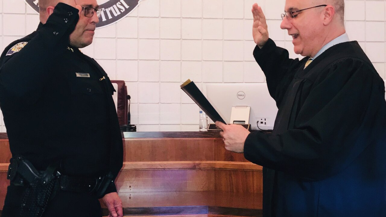 Arvin Police Chief Sworn in