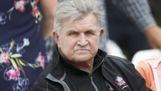 Mike Ditka on athletes who kneel during anthem: 'Get the hell out of the country'
