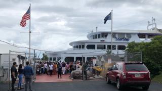 yacht-star-ship-cruise.png