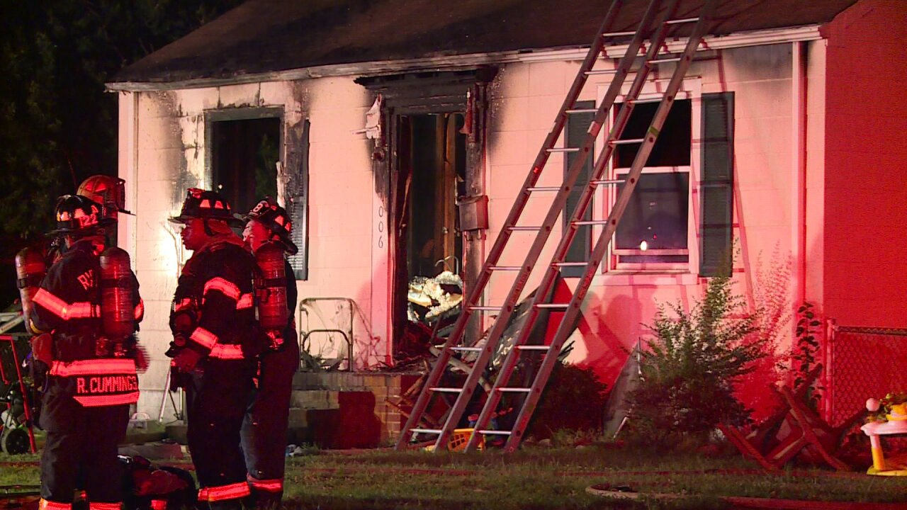 12 people lose home in Sunday morningfire
