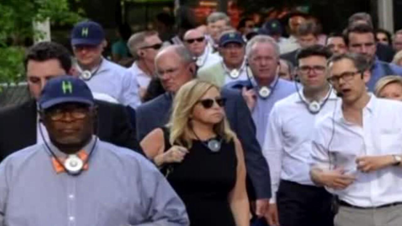 New Photos Show Nashville Mayor With Bodyguard During Affair