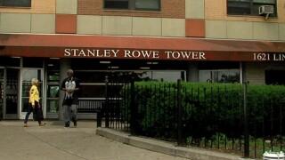 Stanley_Rowe_exterior.jpg