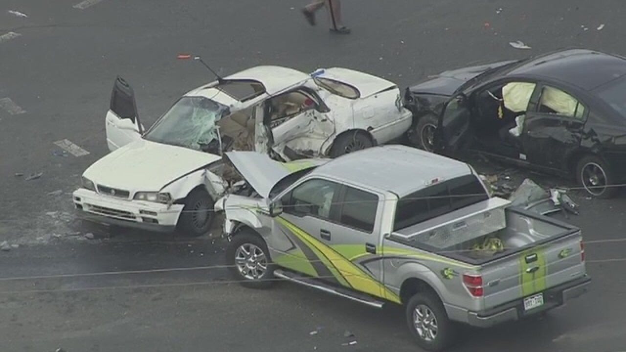 Multi-vehicle crash closes 84th & Washington