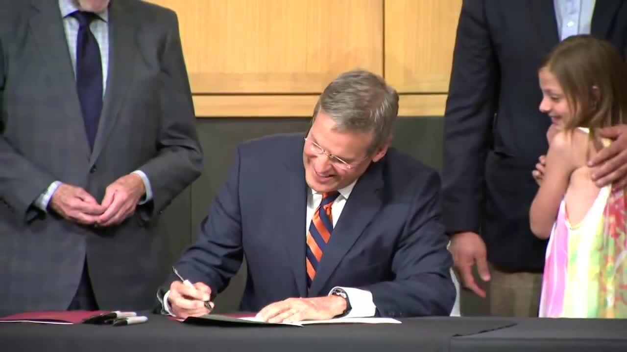 bill lee signing a bill