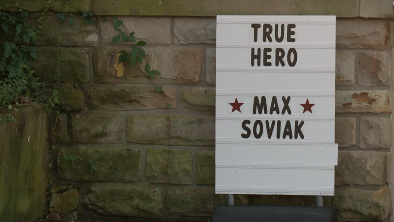 Max Soviak Sign