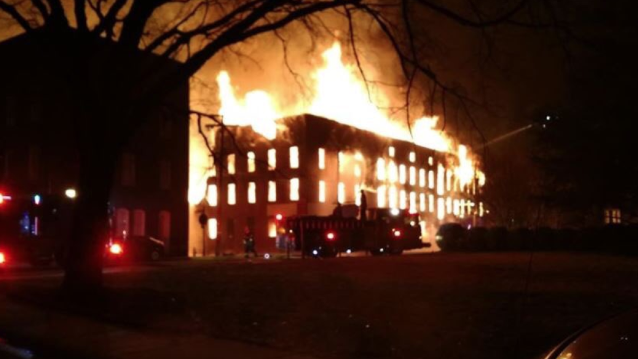 Massive fire destroys historic Petersburg factorybuilding