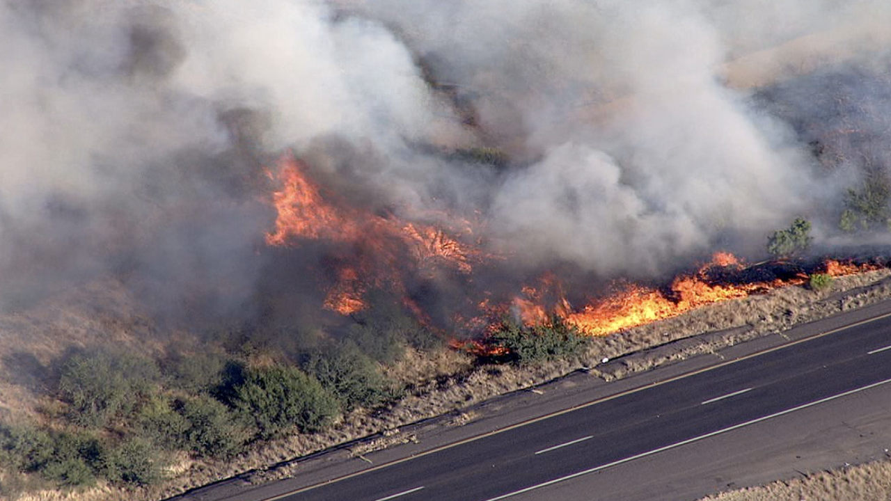 Brush fire north of Sunset Point - 1-17 closed