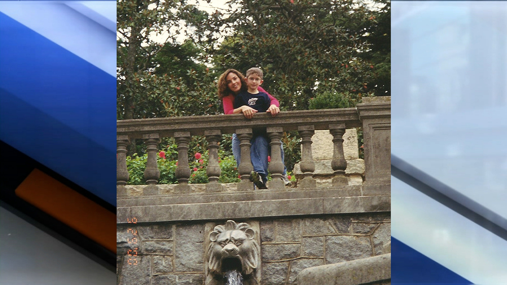 Sean-&-Me-Maymont-Fountain.png