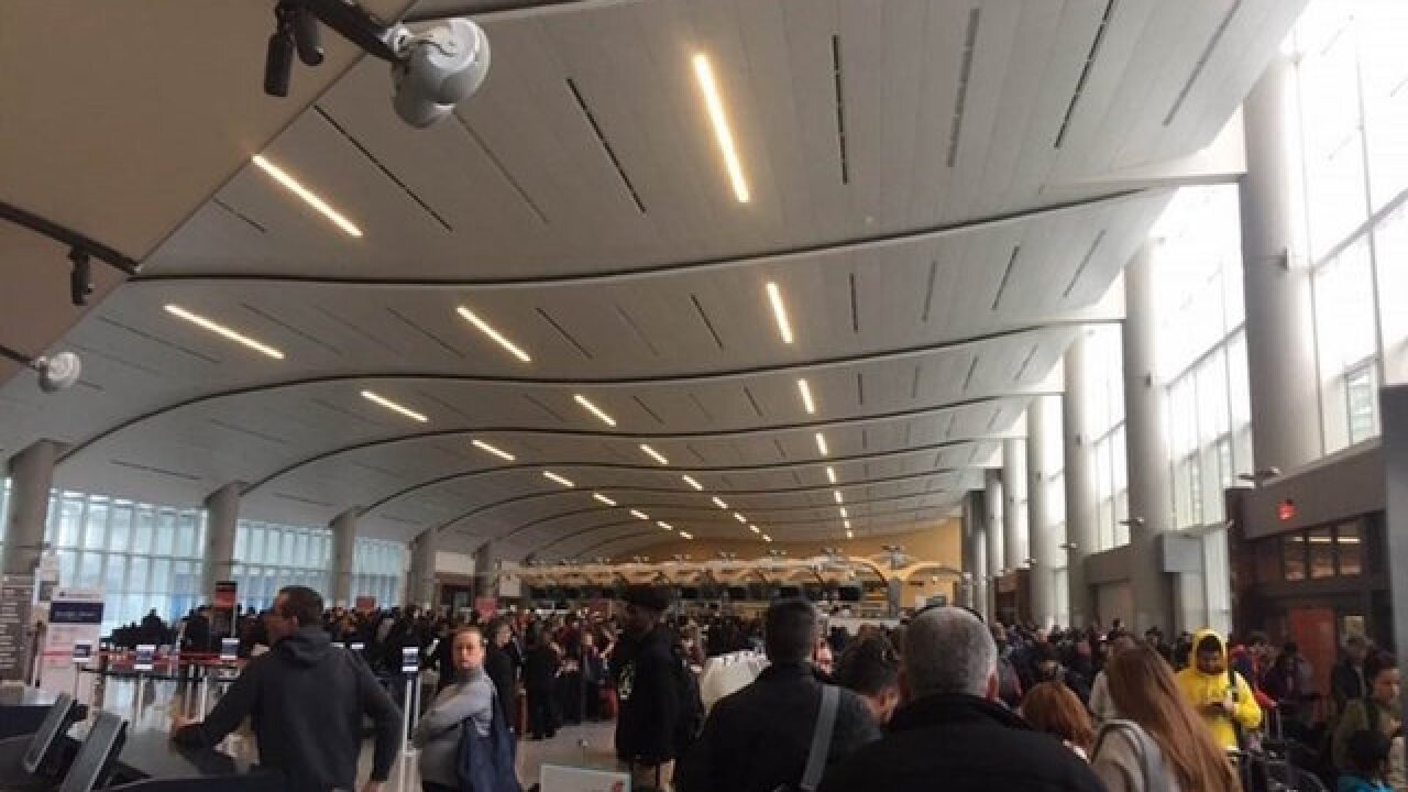 Atlanta airport outage complicates insanely busy holiday travel