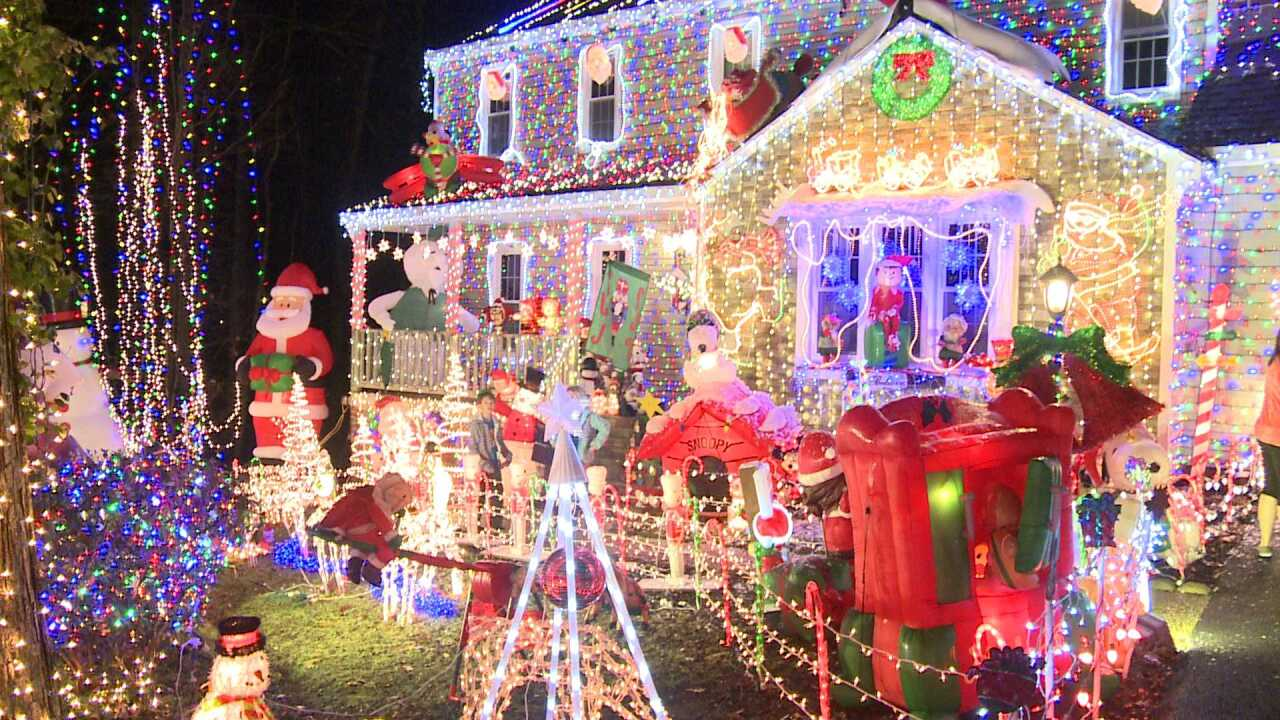 Police share ground rules for Tacky Christmas Light tours