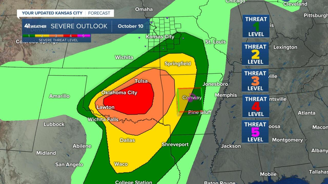 Level 4 Severe Weather Risk Today Closer