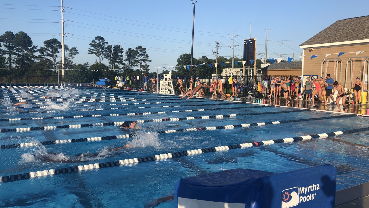 Two-time Olympian speaks to local swimmers about athletesafety