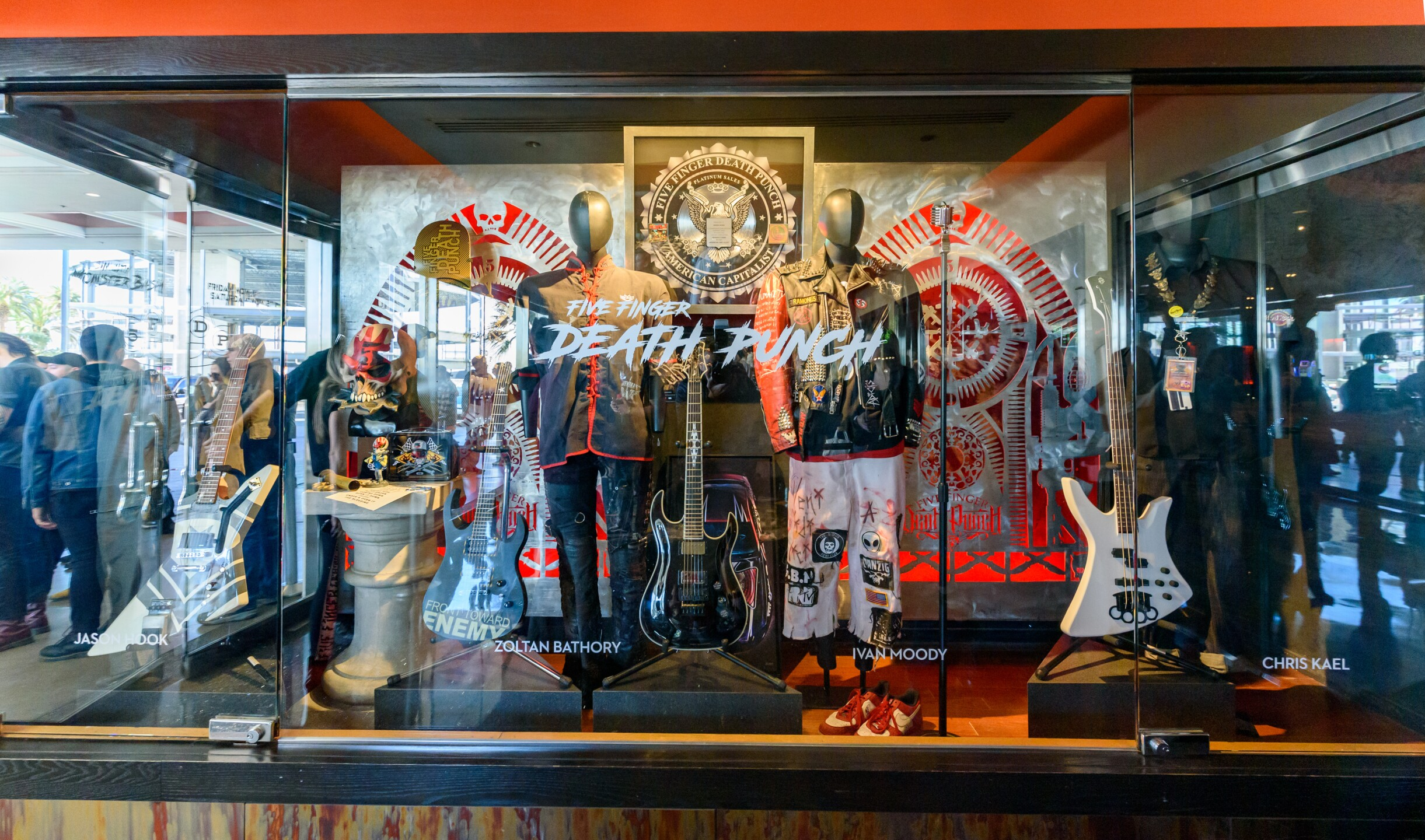 11_01_19_HRH_Five Finger Death Punch Case Unveil_Gray_KPG_63.jpg