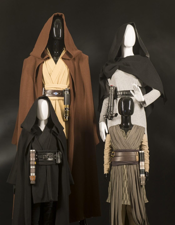 Star Wars: Galaxy's Edge Merchandise - Apparel