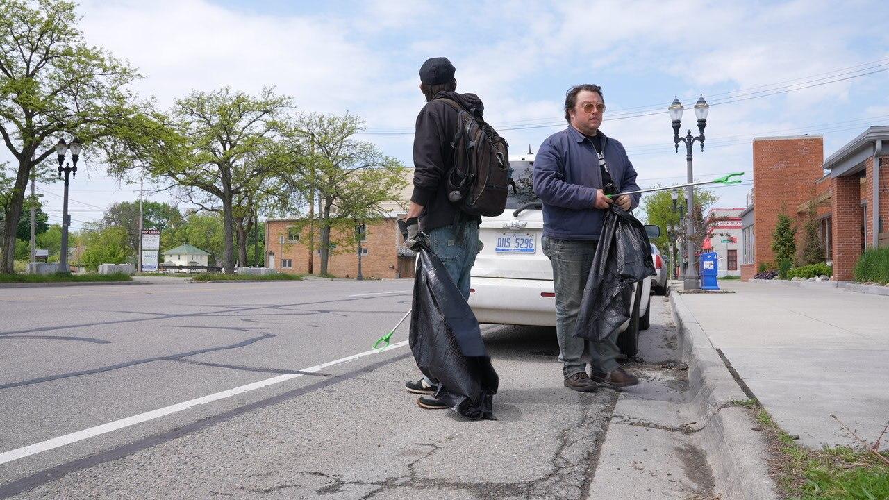 #PickUpLansing meets bi-weekly to clean the streets of Lansing