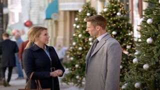 Here's How You Can Watch Hallmark Christmas Movies If You Don't Have Cable