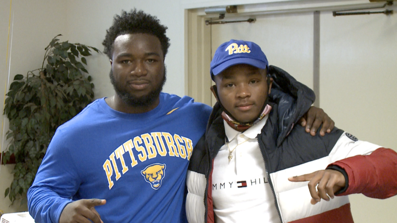 Malik Newton, Rodney Hammond sign with Pitt