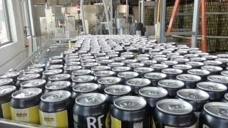 Breweries are running out of aluminum cans, could impact consumers