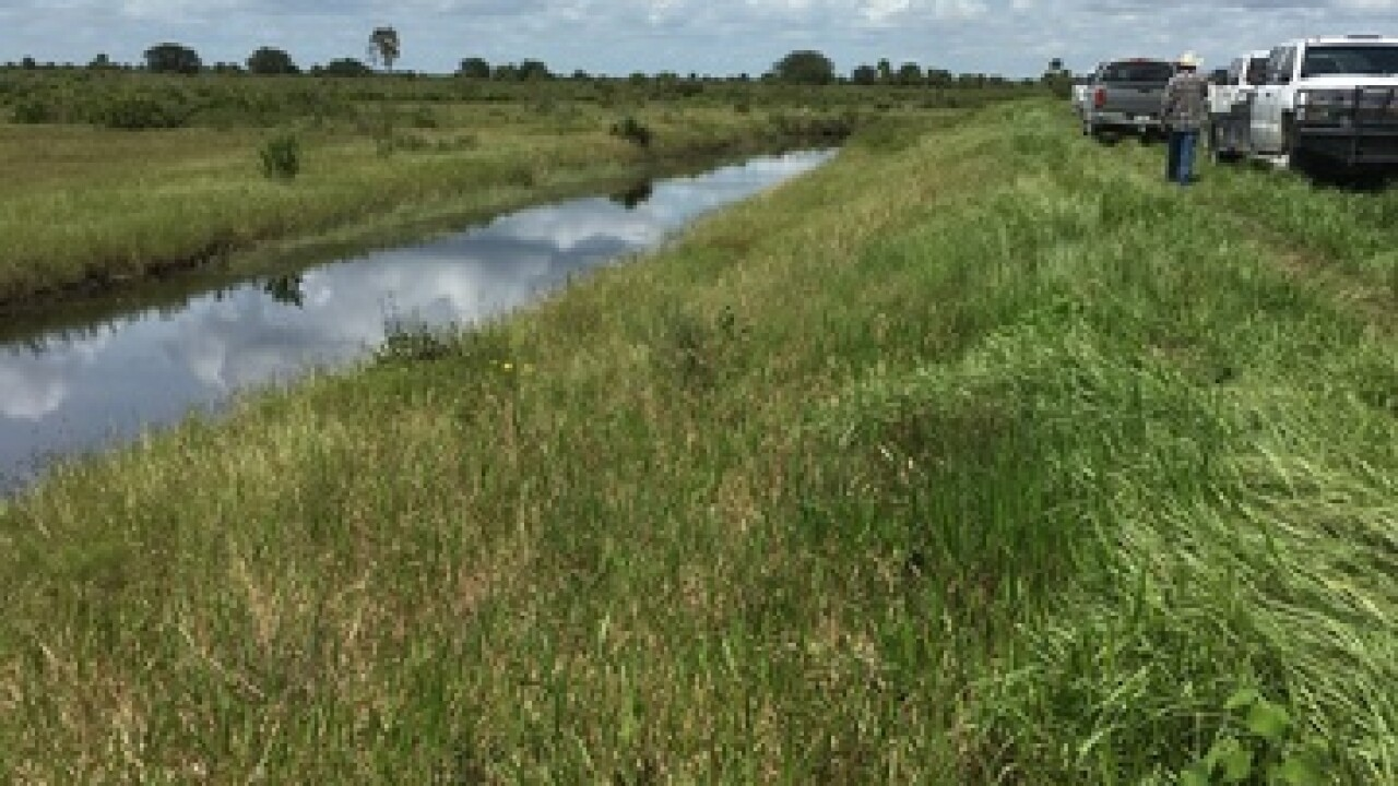 2 people found dead in water near Clewiston