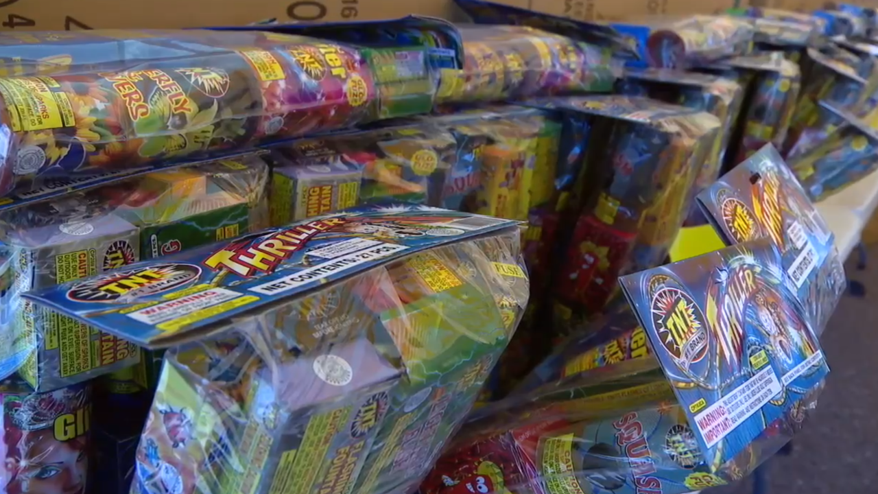 Texas teen gets shot by his own gun while trying to steal fireworks