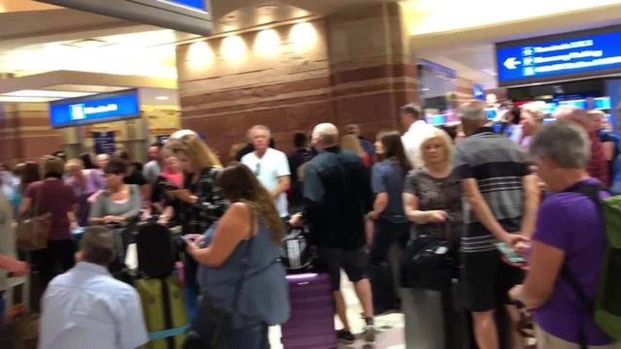 Sky Harbor Terminal 4 closed for unattended car