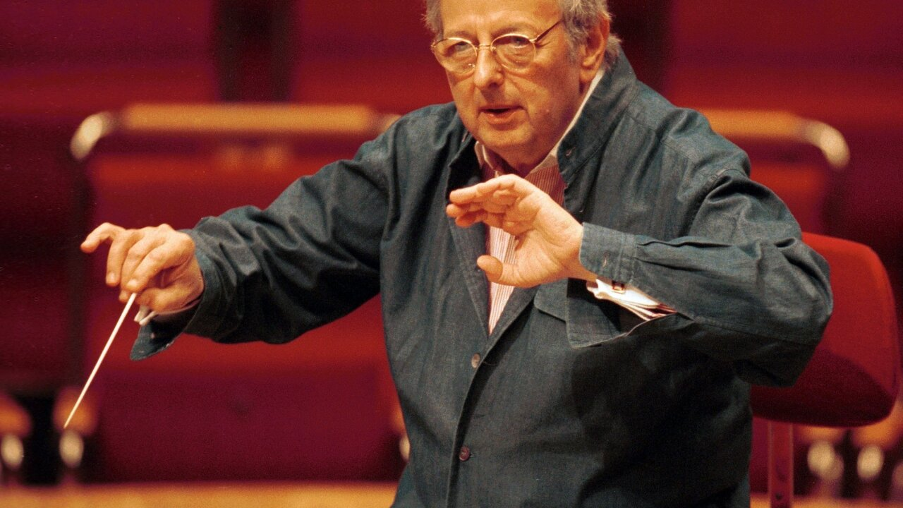 Oscar-winning composer André Previn dead at 89