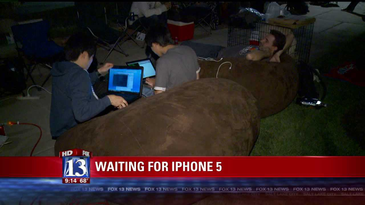 Campers line up early for iPhone 5 release in SLC