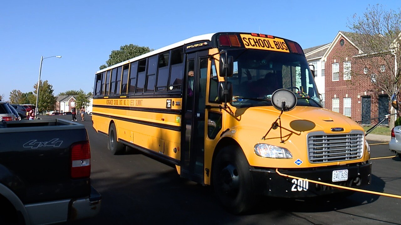 Lee's Summit School Bus at Apartment Complex