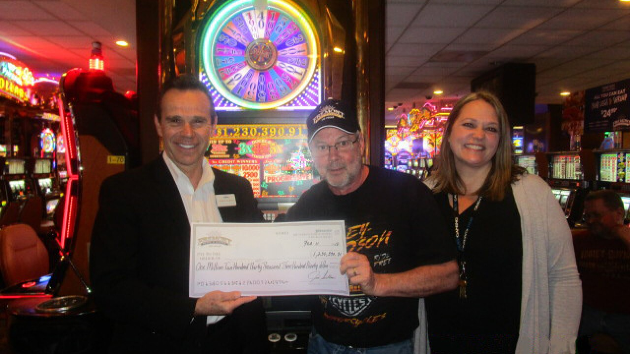 Wisconsin man wins $1.23 million at Fremont hotel-casino