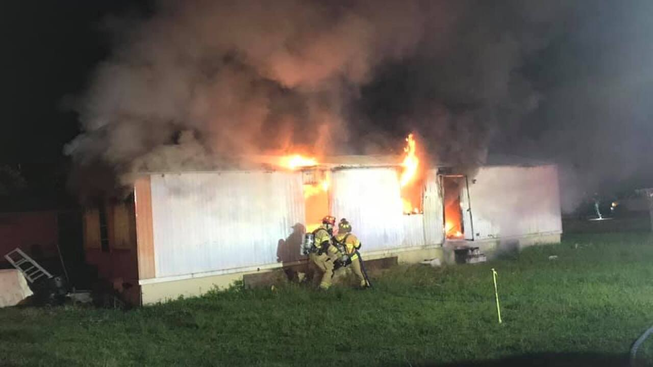 Mobile home fire extinguished in Okeechobee County