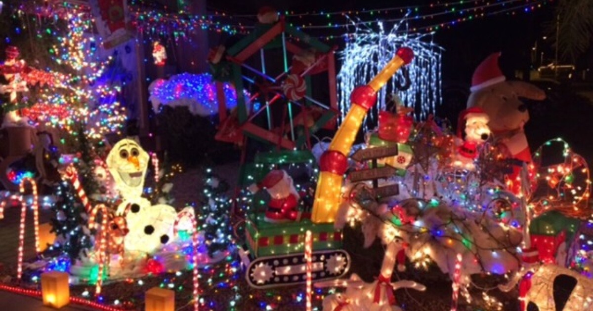Christmas Lights 2020 85051 Check out these epic and FREE holiday light displays all around