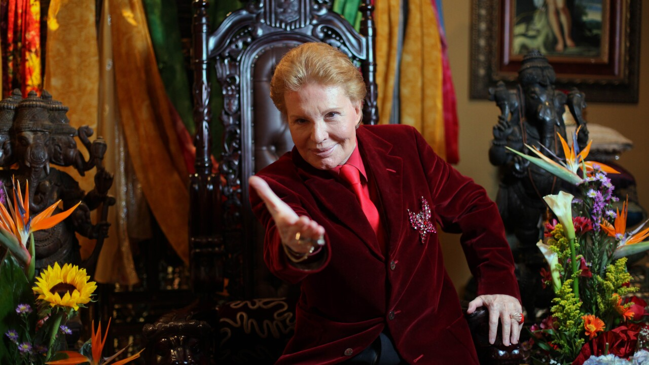 Famed Puerto Rican astrologist Walter Mercado dies at 87