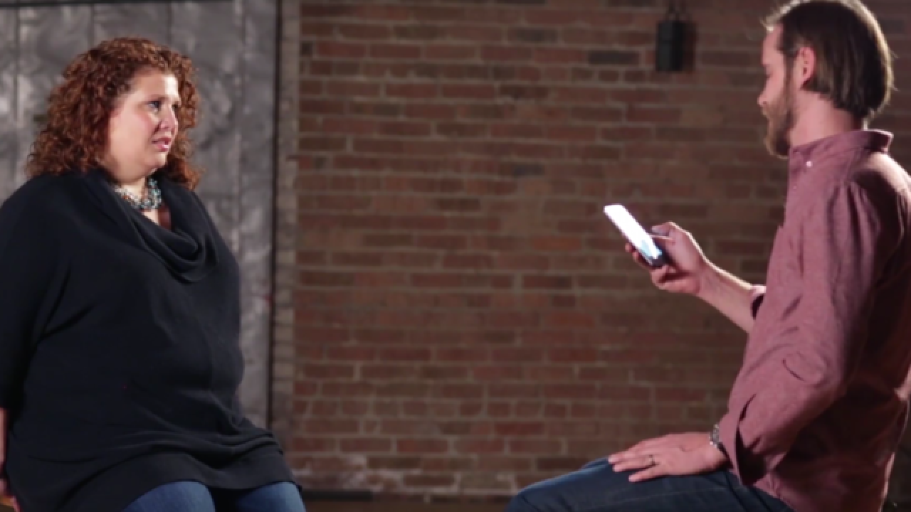 Men read mean tweets to female sports reporters