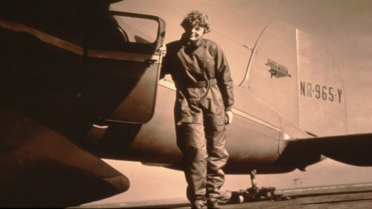 Explorer Bob Ballard sets out to solve Amelia Earhart mystery for National Geographic