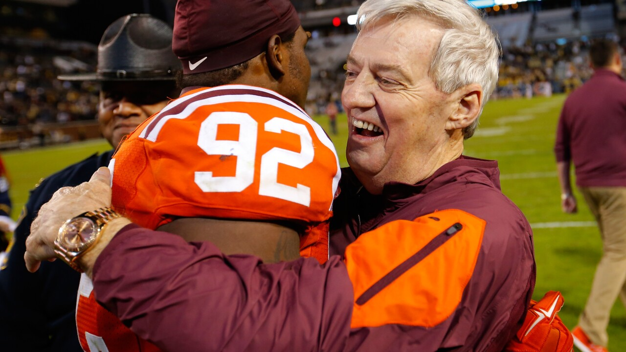 Hokies legend Frank Beamer headlines 2018 Virginia Sports Hall of Fame class