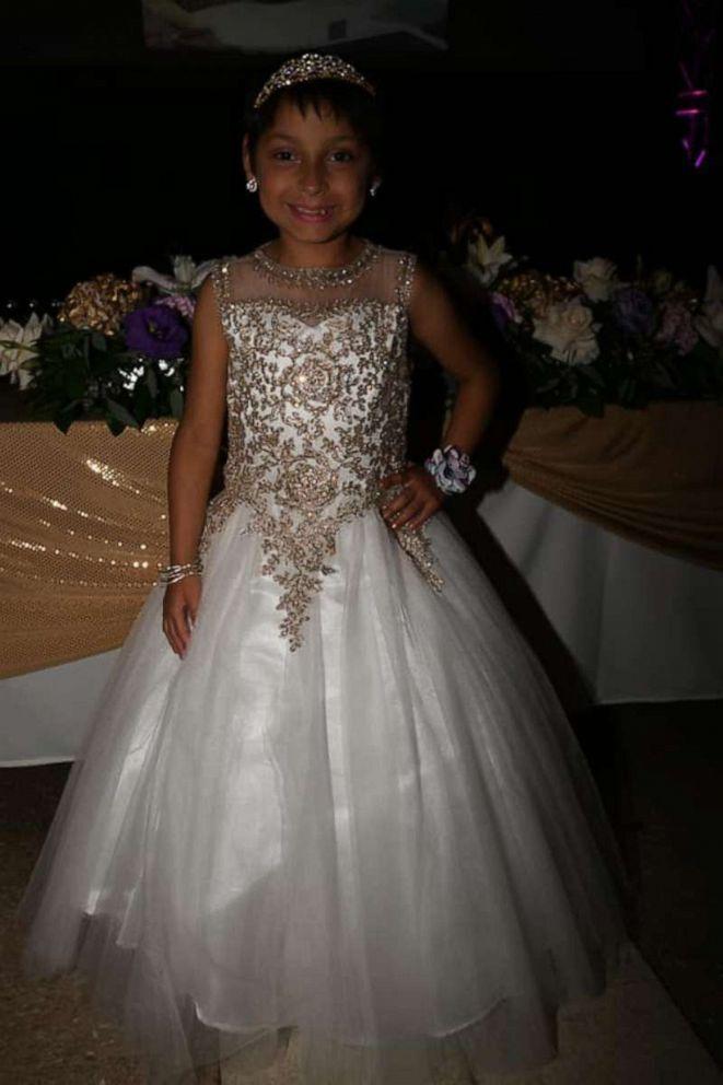 girl-celebrates-birthday-cancer-free-donates-gifts-05-ht-np-190709_hpEmbed_2x3_992.jpg