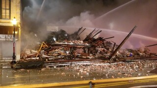 building collapse in de pere.jpg