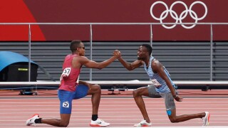 Jewett inspires with a hero's finish in the men's 800m heat
